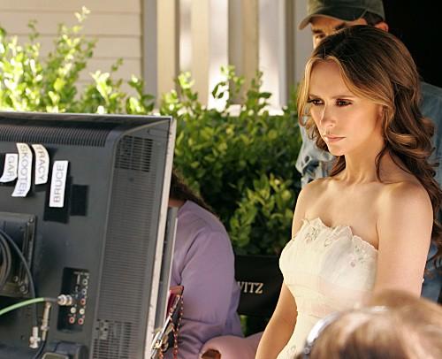 Ghost Whisperer: Jennifer Love Hewitt sul set di Birthday Presence, primo episodio della quinta stagione, da lei diretto