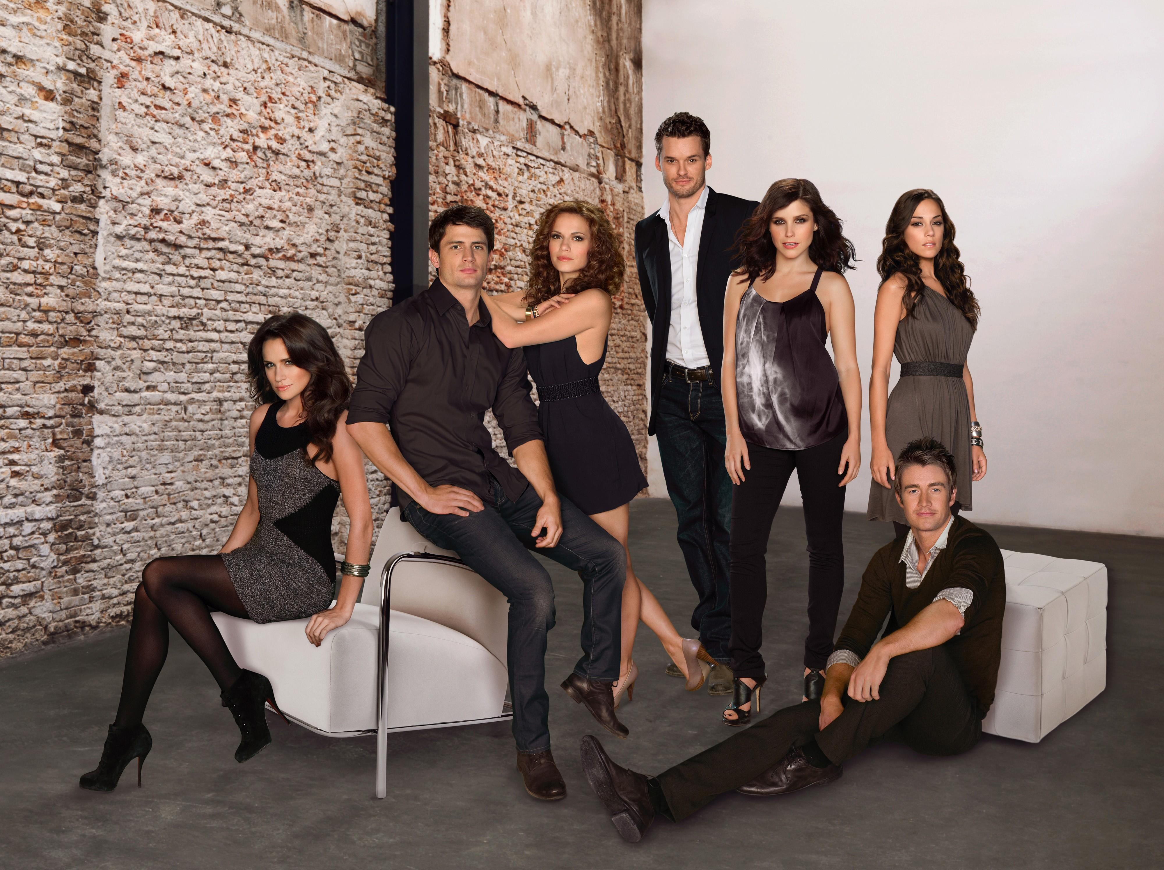 Il cast principale della stagione 7 di One Tree Hill
