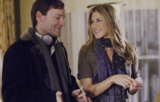 Il regista Brandon Camp e Jennifer Aniston sul set del film Love Happens