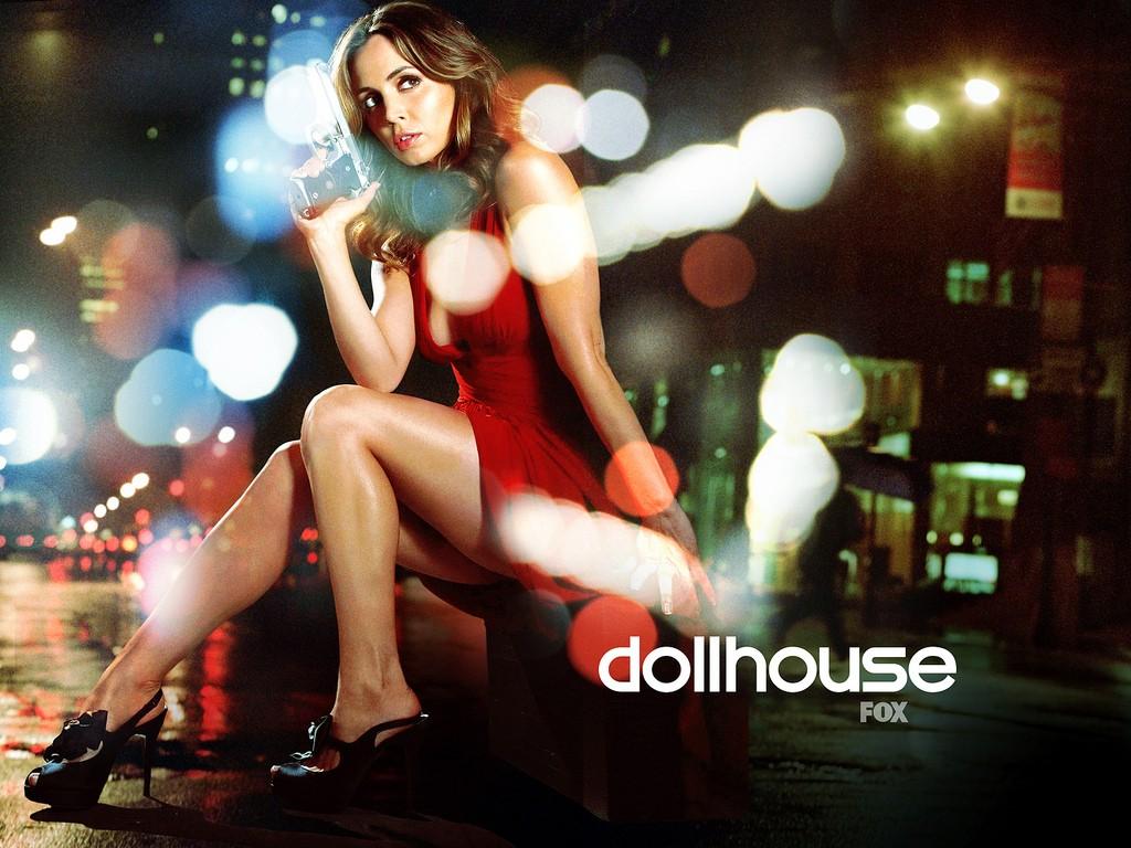 Un wallpaper per la seconda stagione di Dollhouse