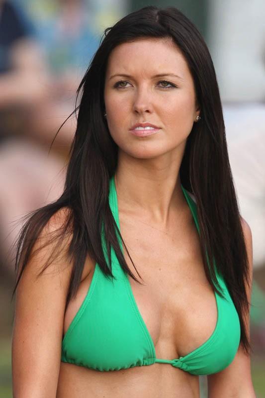 Audrina Patridge in bikini verde