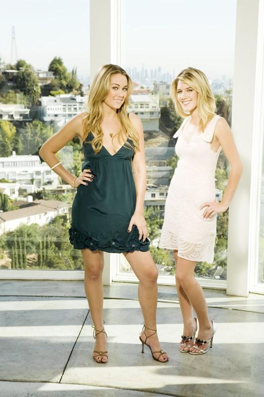 Lauren Conrad e Heidi Montag in una foto promo per la season 2 di The Hills
