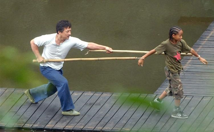 Le prime immagini di Jaden Smith con Jackie Chan sul set di Kung Fu Kid, remake di Karate Kid