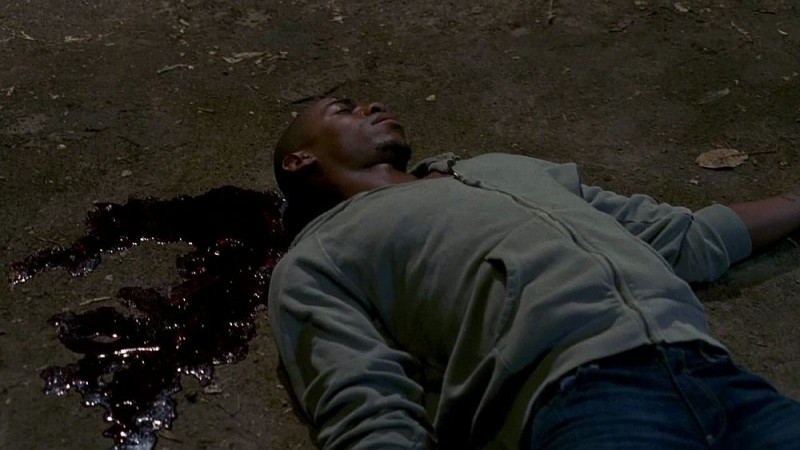 Mehcad Brooks in una scena dell'episodio 'Beyond Here Lies Nothin'' della serie True Blood