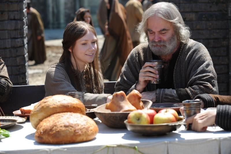 Elena Bouryka e Vlad Radescu in una scena del film Barbarossa di Renzo Martinelli