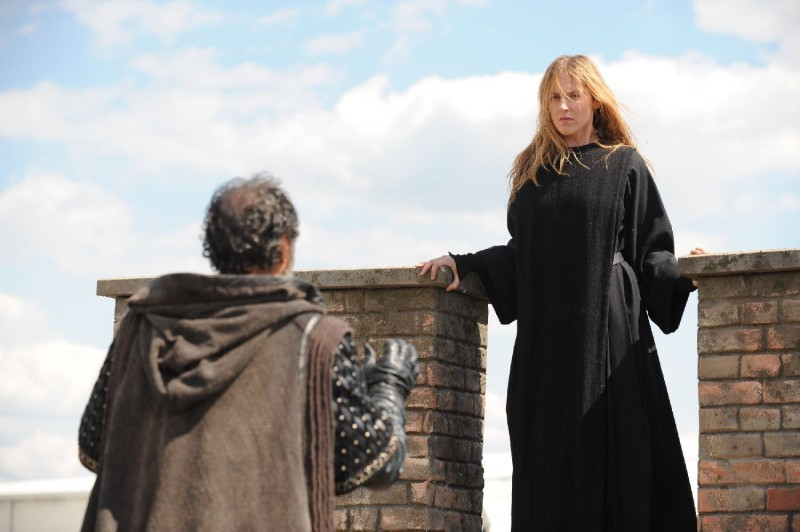 Federica Martinelli in una scena del film Barbarossa