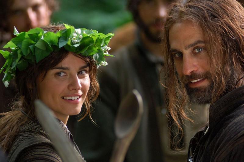 Kasia Smutniak e Raz Degan in un'immagine del film Barbarossa di Renzo Martinelli