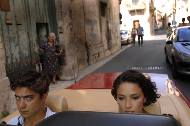 Nicole Grimaudo e Riccardo Scamarcio sul set pugliese di Mine vaganti