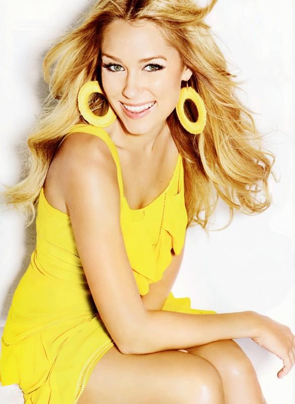 Una foto di Lauren Conrad con vestito giallo canarino