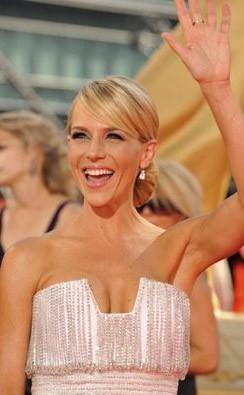 Emmy Awards 2009: una scintillante Julie Benz
