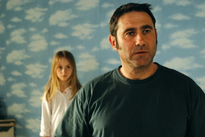 Sergi Lopez in un'immagine del film Ricky