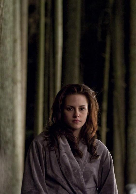 Kristen Stewart sul set di New Moon, secondo capitolo della saga di Twilight, ideata da Stephenie Meyer