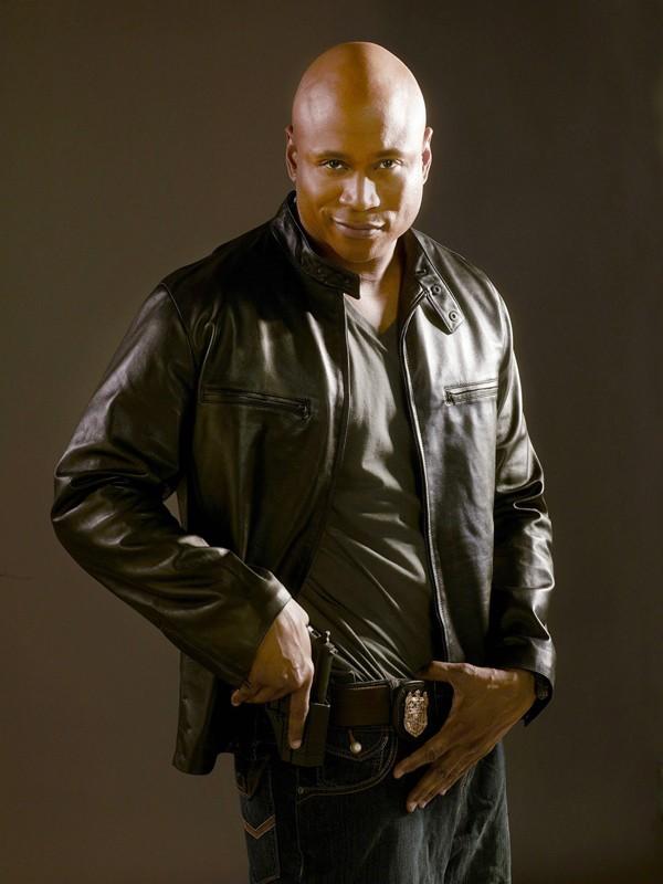 LL COOL J in una foto promo per la serie NCIS: Los Angeles