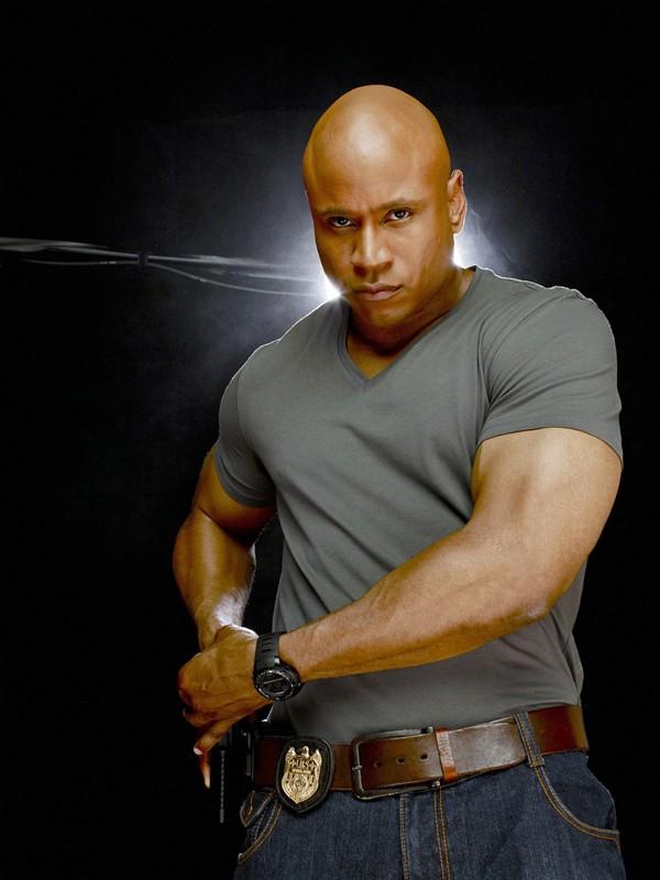 LL COOL J interpreta Sam Hanna in una foto promozionale della serie NCIS: Los Angeles