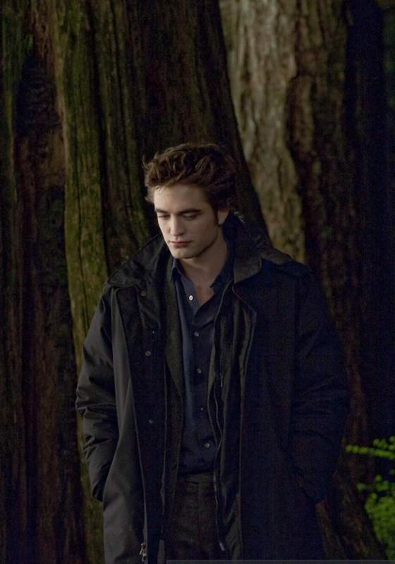 Robert Pattinson sul set di New Moon fotografato da David Strick per il Los Angeles Times