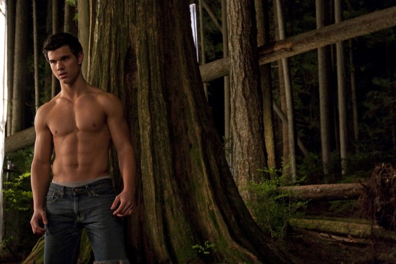 Taylor Lautner a torso nudo sul set di The Twilight Saga: New Moon