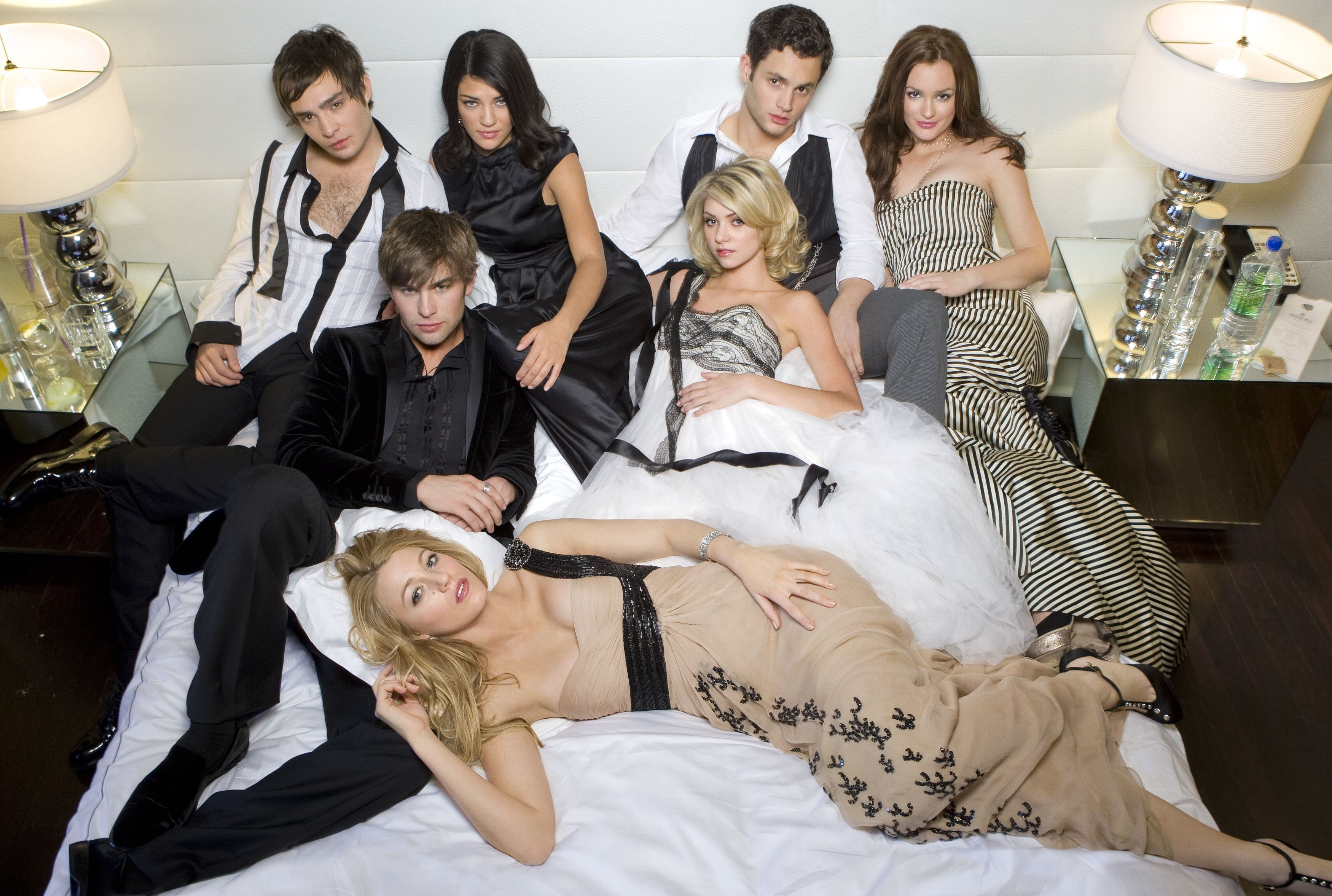 Wallpaper: cast principale della season 2 di Gossip Girl