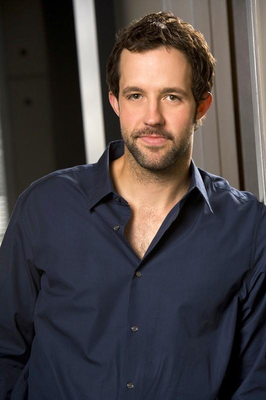 Peter Cambor è Nate Getz nella serie NCIS: Los Angeles