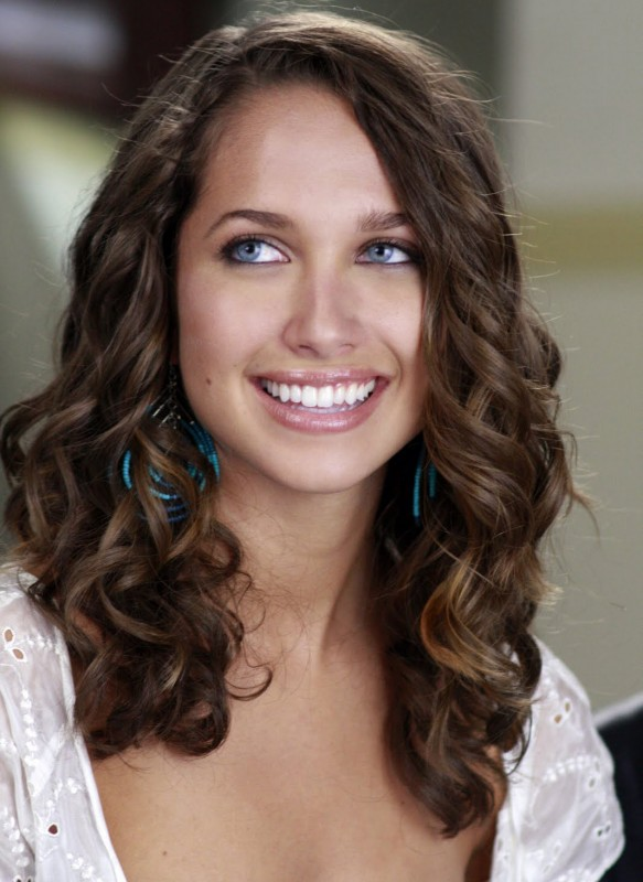 Desperate Housewives: la bella Maiara Walsh in Never Judge a Lady by Her Lover, terzo episodio della sesta stagione
