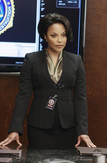 Lynn Whitfield nell'episodio White To Play di FlashForward