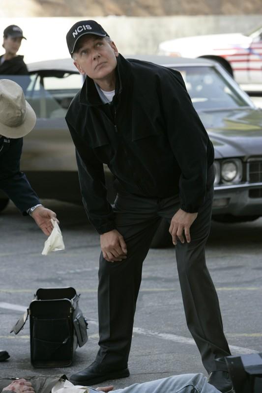 Mark Harmon in una scena dell'episodio 'Love & War' della serie tv Navy NCIS