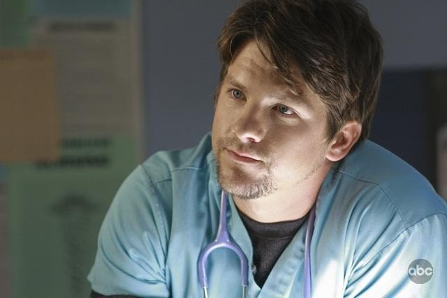 Zachary Knighton nell'episodio White To Play di FlashForward