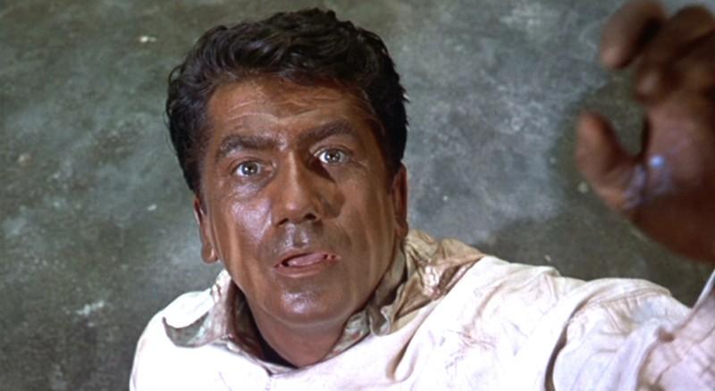 Daniel Gélin in una scena del film L\'uomo che sapeva troppo ( 1956 )