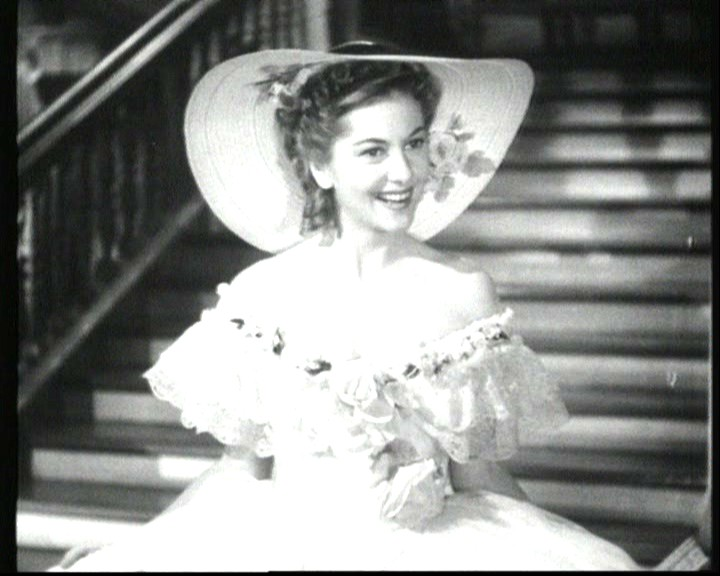 Joan Fontaine in una scena del film Rebecca, la prima moglie ( 1940 )