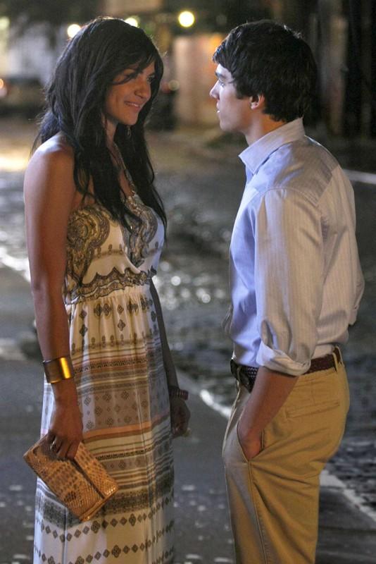 Vanessa (Jessica Szohr) inizia una relazione con Scott Ronsson (Chris Riggi) non sapendo che è il fratellastro di Dan nell'episodio Reversals of Fortune di Gossip Girl