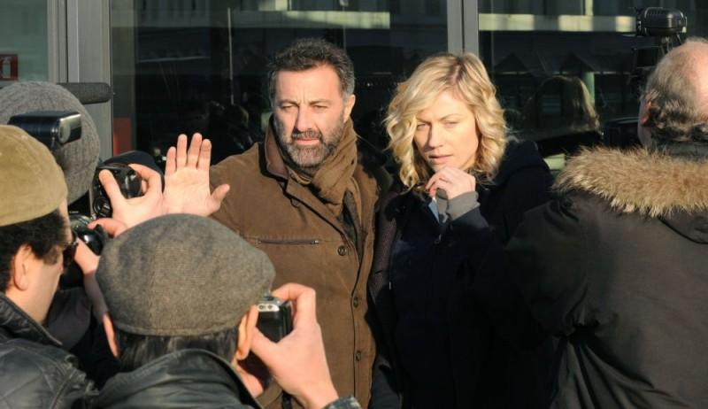 Luca Barbareschi e Natasha Stefanenko in un'immagine della terza stagione della serie tv Nebbie e delitti