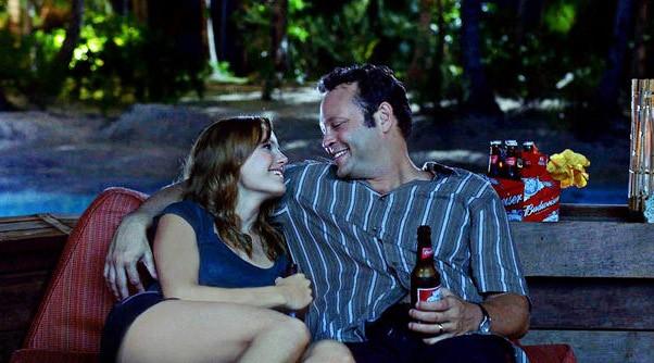 Malin Akerman e Vince Vaughn nel film L'isola delle coppie (Couples Retreat, 2009)