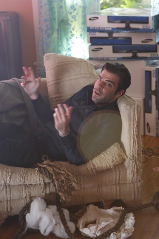 Zachary Quinto in una scena tratta da Ink dalla quarta stagione di Heroes
