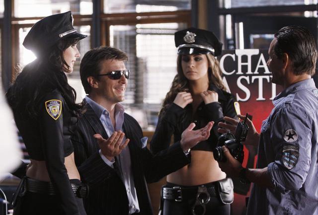 Nathan Fillion in un momento dell'episodio Deep in Death di Castle