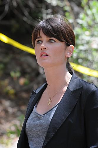 Robin Tunney in una scena dell'episodio Scarlet Letter di The Mentalist