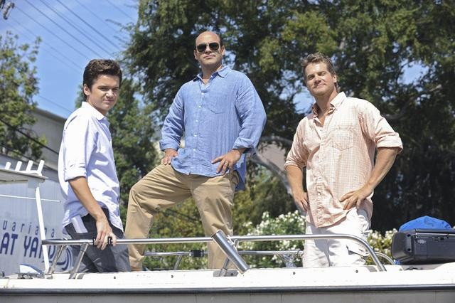 Dan Byrd, Ian Gomez e Brian Van Holt nell'episodio Don't Do Me Like That di Cougar Town