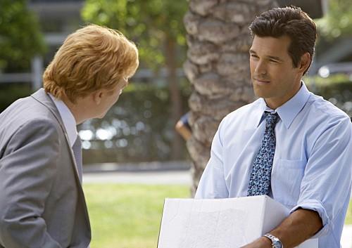 David Caruso ed Eddie Cibrian in una scena dell'episodio Out of Time di CSI Miami