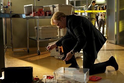 David Caruso in una scena dell'episodio Hostile Takeover di CSI Miami