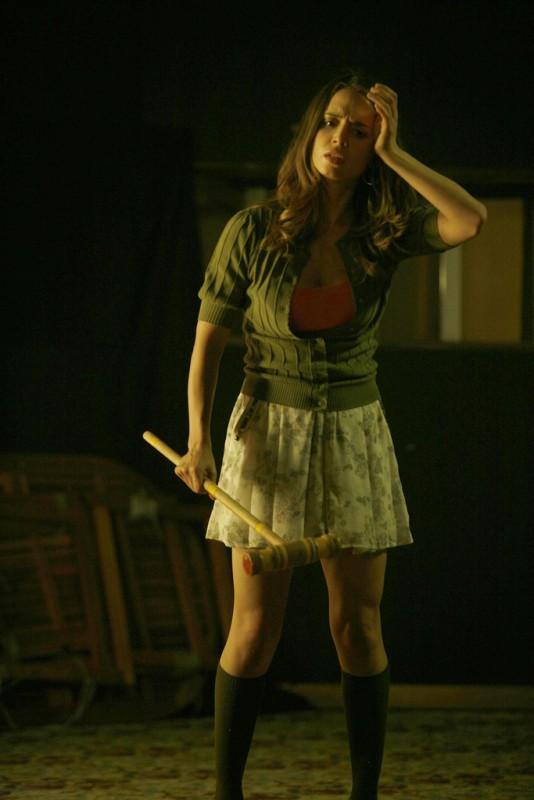 Eliza Dushku è Echo nell'episodio Belle Chose della serie Dollhouse