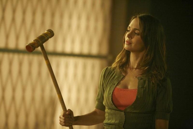 Eliza Dushku nell'episodio Belle Chose della serie Dollhouse