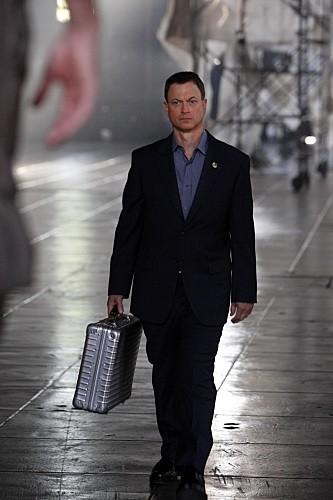 Gary Sinise nell'episodio LAT 40° 47' N/Long 73° 58'W della serie CSI New York