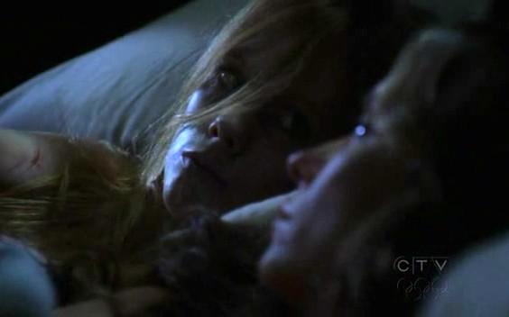 Ghost Whisperer: Jennifer Love Hewitt e Zoe Boyle in Birthday Presence, primo episodio della stagione 6
