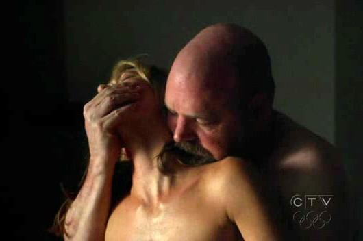 Medium: Natalie Zea con Pruitt Taylor Vince nell'episodio Deja vu All Over Again della sesta stagione.