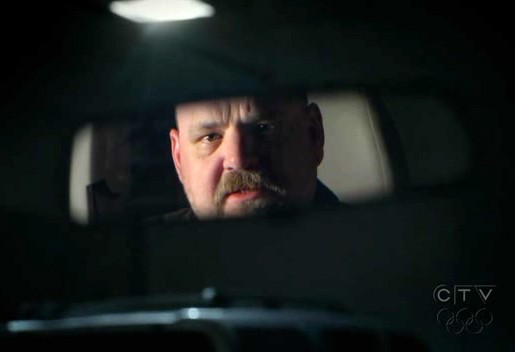Medium: Pruitt Taylor Vince in una scena inquietante di Deja vu All Over Again premiere della sesta stagione.