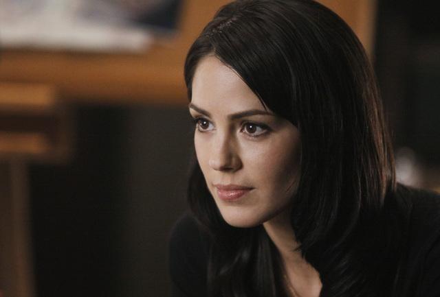 Michelle Borth in una scena dell'episodio Diamond Jane della serie The Forgotten