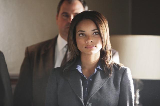 Rochelle Aytes in una scena dell'episodio Diamond Jane della serie The Forgotten
