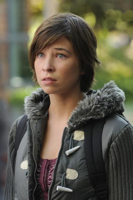 Samantha Krutzfeldt in una scena dell'episodio Parachute Jane di The Forgotten