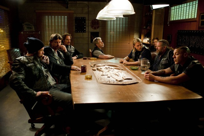 Una scena dell'episodio Albification di Sons of Anarchy