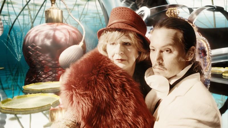 Johnny Depp in una scena del film Parnassus - L'uomo che voleva ingannare il diavolo