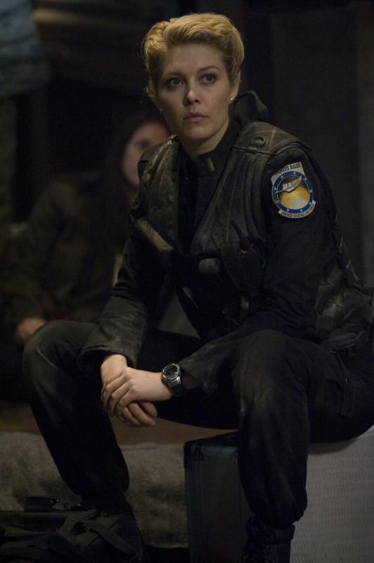 Alaina Kalanj in una scena delle premiere di Stargate Universe