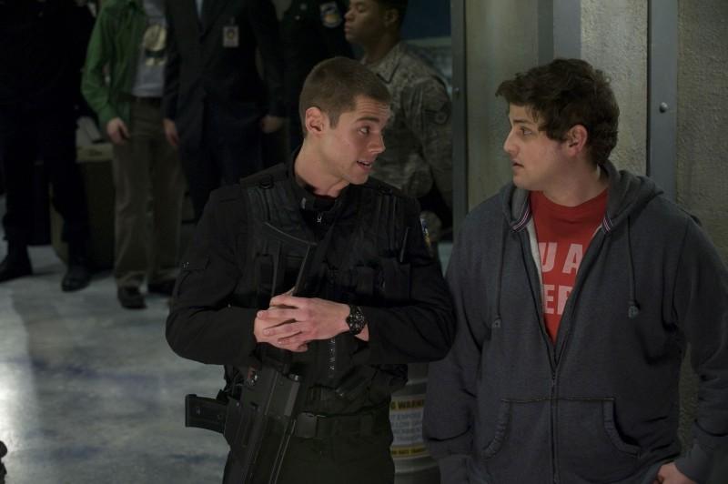 Brian J. Smith e David Blue in un momento delle premiere di Stargate Universe